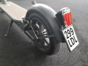 doc-green-e-scooter-esa-5000 hinterrad kennzeichen