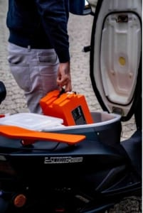e-scooter-kaufen-falcon stauraum futura
