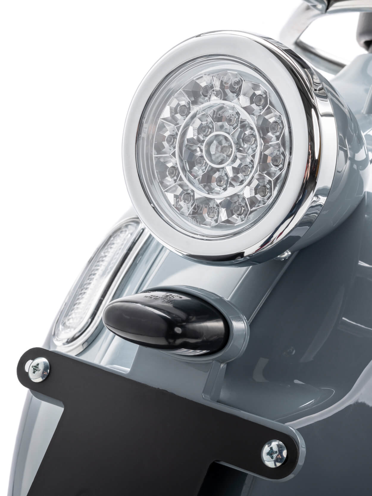 elektroroller-e-scooter-nova-ruecklicht